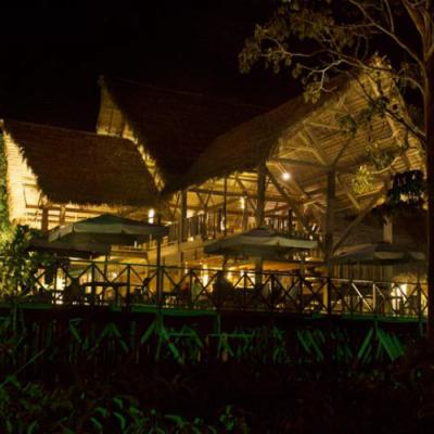 Hotel Amazon noche- Leticia